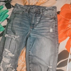 american eagle ripped jeans size 4